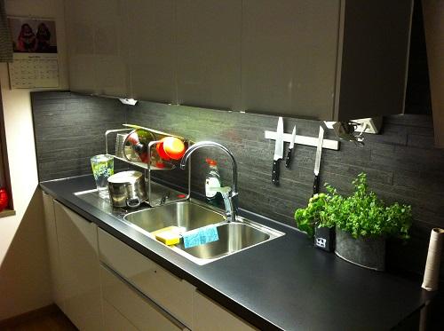 Överskåpsbelysning i kök